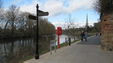Photo: Turn off form the bike/hiking path on River Severn to city center