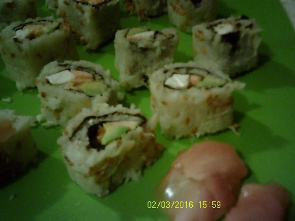 Lc Salmon And Veggie Roll Recipe