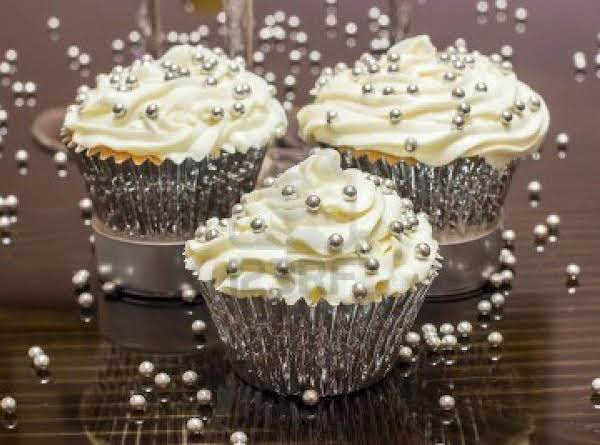 New Years Champagne Cupcakes