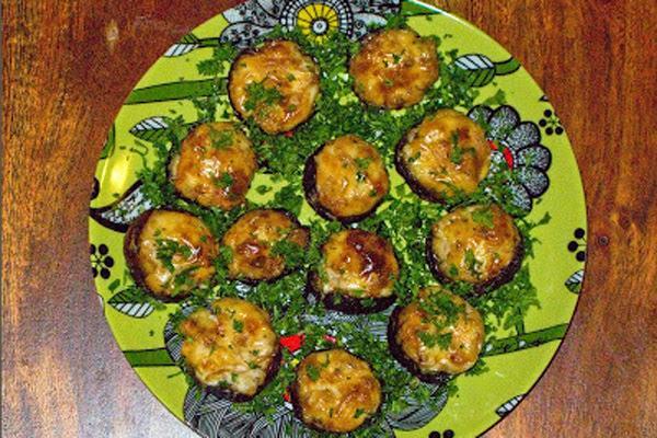 Cogumelos Recheados com Mascarpone e Bacon