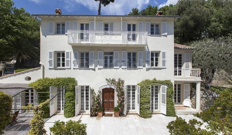Villa avec terrasse Carros