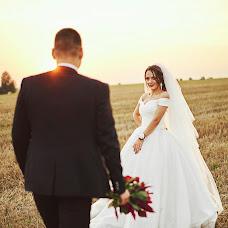 Wedding photographer Vitaliy Smulskiy (Walle). Photo of 01.09.2018