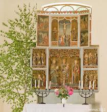 Photo: dreiflüglige Altar der alten Dorfkirche zu Prillwitz in Mecklenburg
