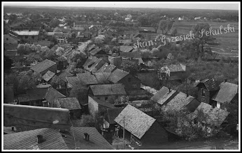 Photo: Widok na ulicę Wałową z rusztowań otaczających kościół Św. Trójcy