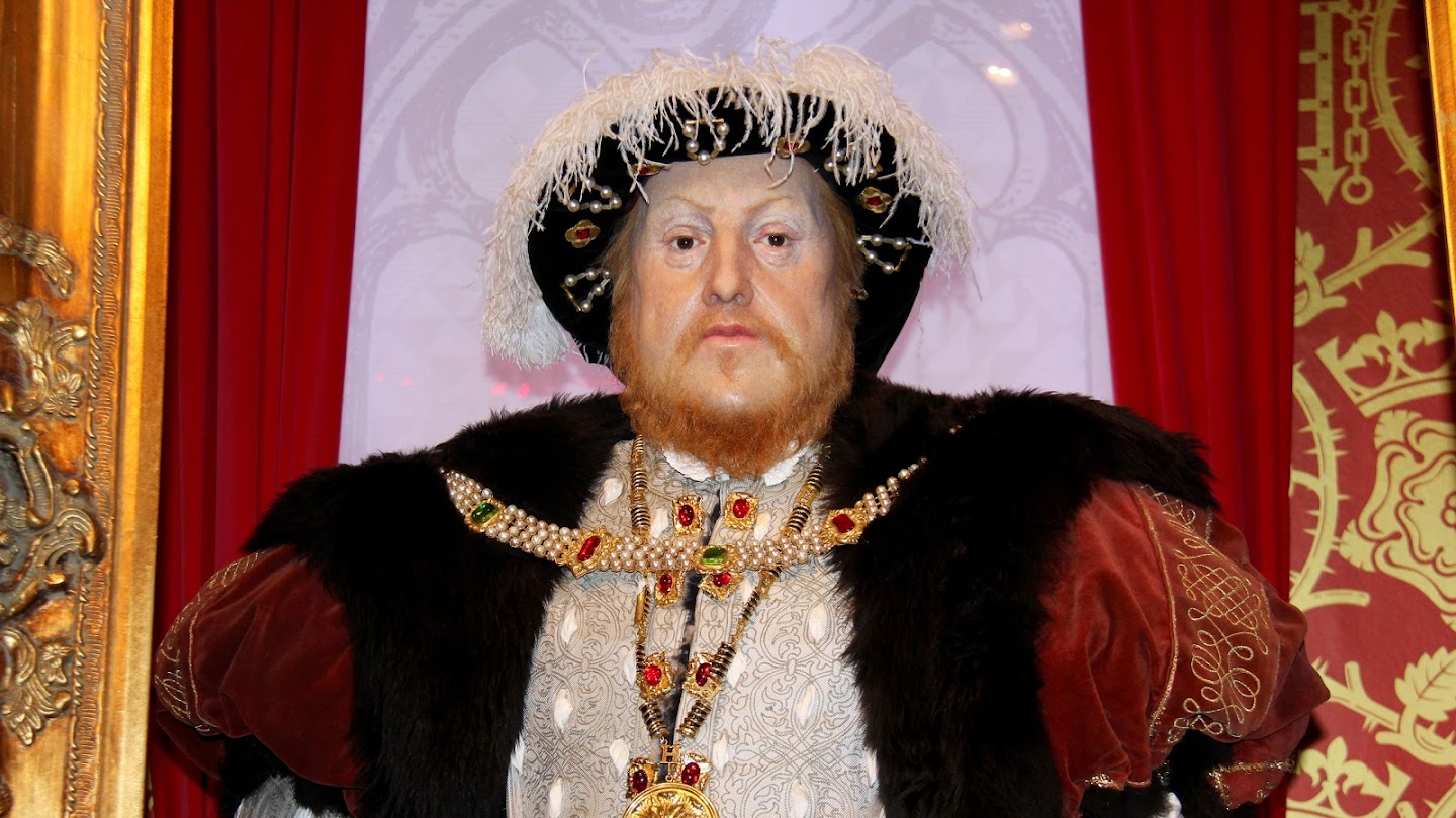 Watch Henry VIII and the King's Men live