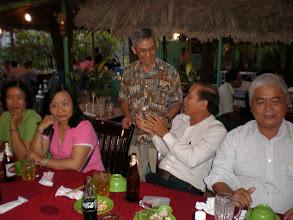 Photo: Cô Loan, Lành, Hồng, thầy Dương