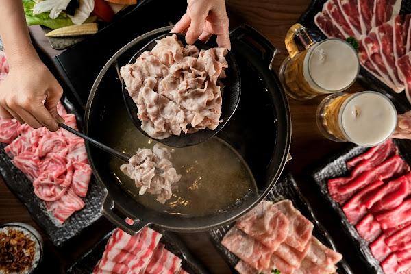 貓頭鷹鍋物─夏日肉肉吃到飽   牛羊雞豬鴨全部報到任你挑