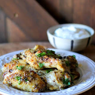 Easy 3-Ingredient Chicken Wings with Herbs and Honey.