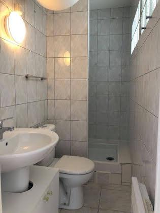 Location appartement 2 pièces 27,85 m2