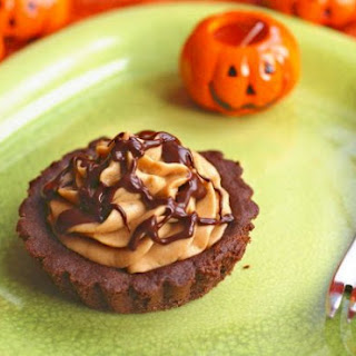 Pumpkin Mousse Tarts with Chocolate Shortbread Crust and Ganache Drizzle