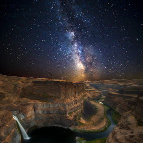 Nighttime at Palouse Falls by Ken Smith - Landscapes Starscapes ( palouse falls, astro photography, landscape, milky way )
