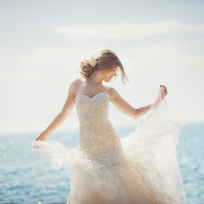 Wedding photographer Anna Gudimova (Anette). Photo of 13.05.2014