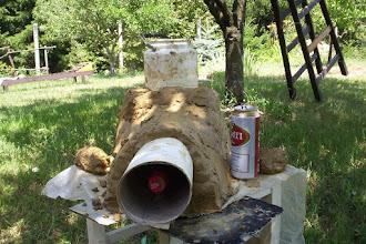 Photo: A sörös doboz csak méret.  A kólát innám, de az beépült a sablonba:)
