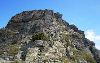 Photo: Mirada al N, destrepe evidente para ir a buscar el cuello que nos permitirá acometer el segundo pico.