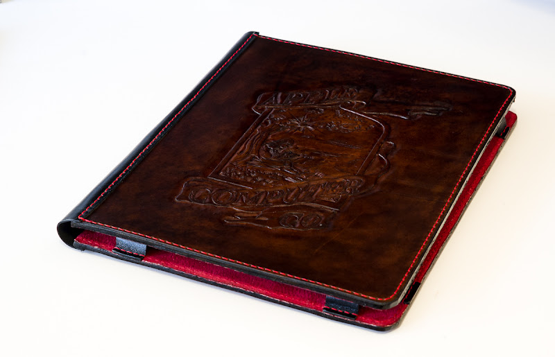 Photo: This is a handmade iPad cover made from 3.5mm thick premium leather, suede lining, kangaroo leather spine and parts.www.highonglue.com