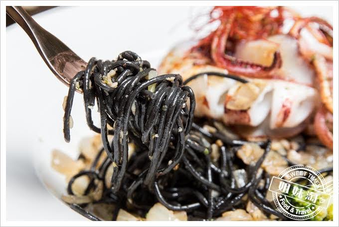 義食光海釣中卷墨魚麵