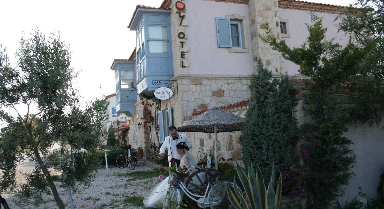 Moy Hotel