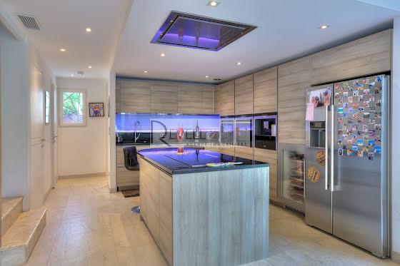 Vente villa 6 pièces 165 m2