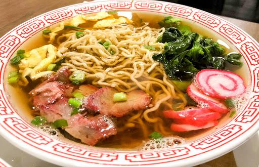 Hawaiian food: Hodgepodge of Asian, Native Hawaiian culture