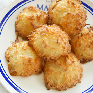 3 Ingredient Coconut Macaroons.