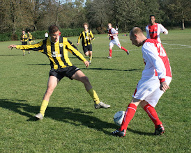 Photo: 22/10/11 v Hemsby (Cyril Ballyn Cup Round 2) 7-1 - contributed by Martin Wray