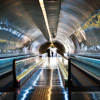Underground. di