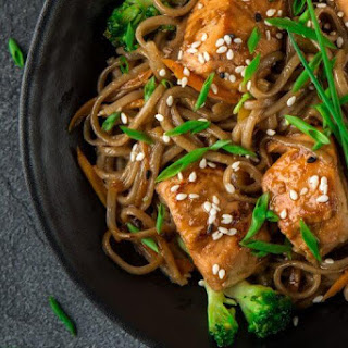 Salmon with Soba Noodles Recipe