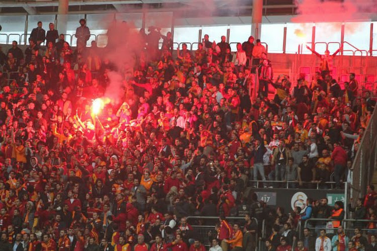 Le Galatasaray a mis le feu au stade Machtens