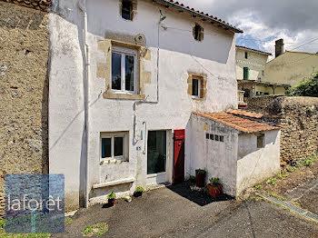 maison à Saint-Loup-Lamairé (79)