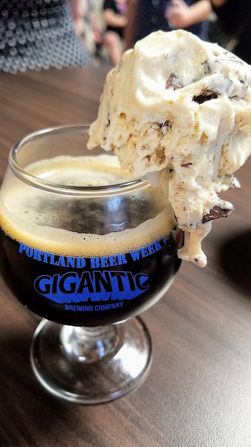 Snackdown 2017 for PDX Beer Week, a food and beer pairing event with a wrestling theme offering 10 Portland chef and 10 Oregon brewers working together Salt n Straw/Breakside brought the Breakside Spent Grains and Bacon S'more Ice Cream with Smoked Porter