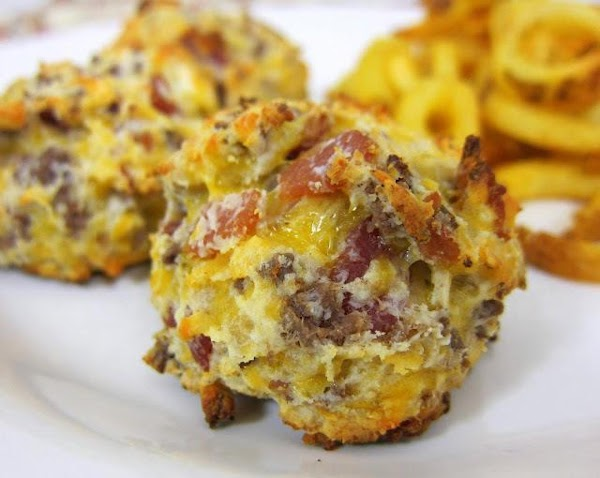 Bacon Cheeseburger Puffs Recipe