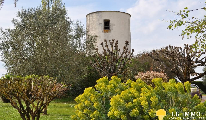 Maison avec piscine Saint-Fort-sur-Gironde