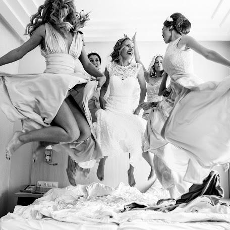 Wedding photographer Denis Cyganov (Denis13). Photo of 11.12.2017