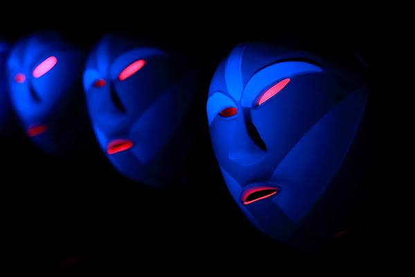 blue mask light di wilson6.1