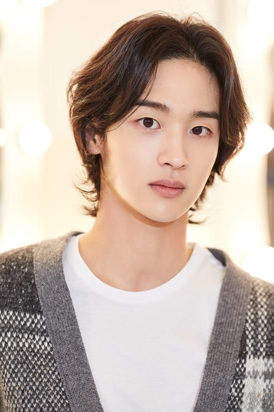 Jang_Dong-Yoon-1992-p1