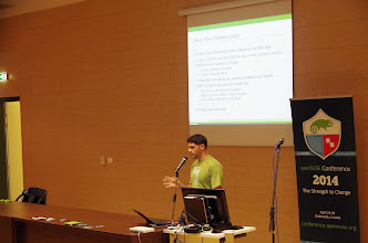 Photo: Integrating web applications into the openSUSE login infrastructure, Ancor González Sosa