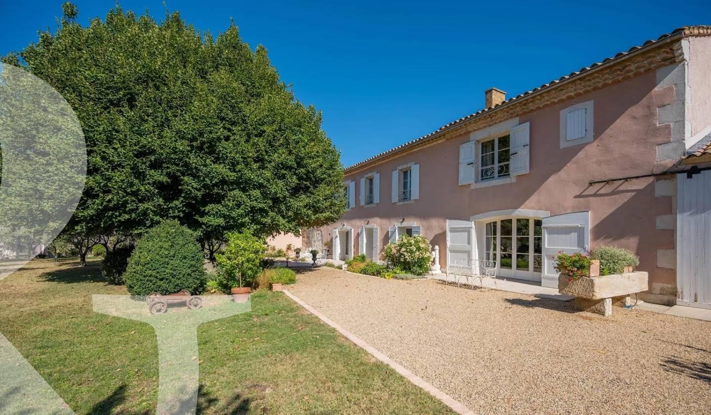 Maison Chateaurenard