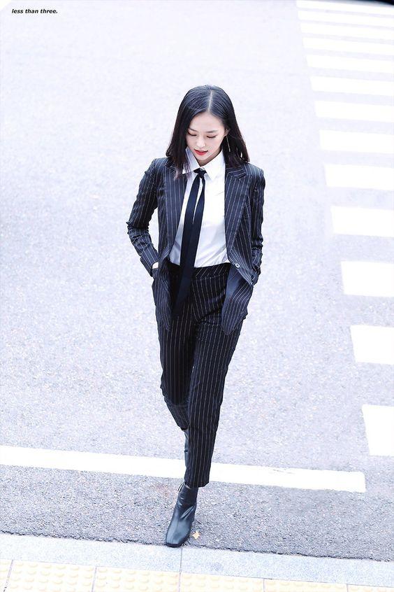 yeeun suit 10