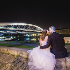 Wedding photographer Rafał Makieła (makielarafal). Photo of 13.04.2015