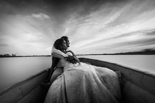 Fotógrafo de bodas Oliver Núñez (nez). Foto del 03.05.2017