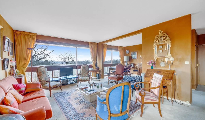Appartement avec piscine La Celle-Saint-Cloud