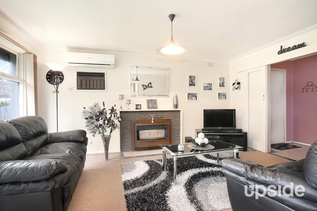 Main photo of property at 19 Dingley Court, Dingley Village 3172
