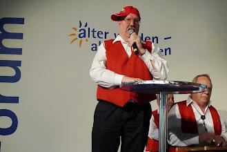 """Photo: Paul Hofer rappte über Gutes uns Schlechtes der """" Alten"""""""