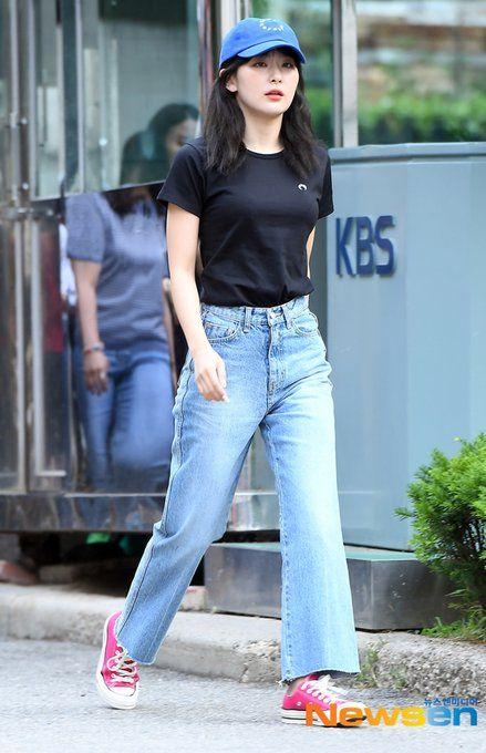 seulgi jeans 3