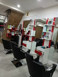 Salon Apple Dapodi photo 1