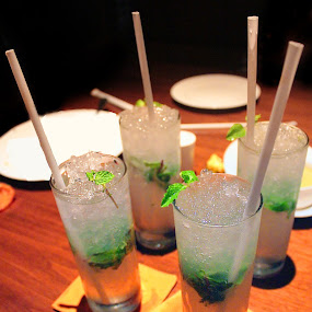 Mochitto........ by Ramesh Kallampilly - Food & Drink Alcohol & Drinks ( wine, red, cocktail, alchohol, drinks )