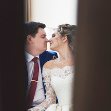 Wedding photographer Milena Dukhnenko (milenawed31kmv). Photo of 12.06.2017