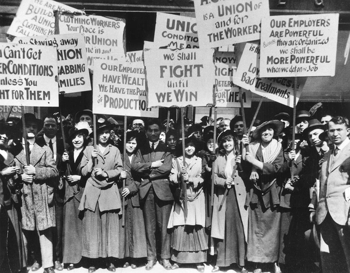 teacher unions striking in chicago in the early 20th century