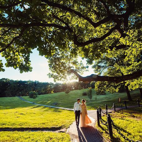 Wedding photographer Aleksandr Sergeevich (cinemawork). Photo of 17.06.2016
