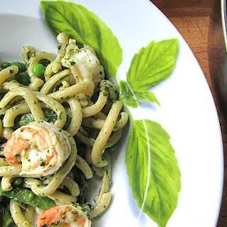 Pasta w/ Shrimp, Asparagus & Pesto.